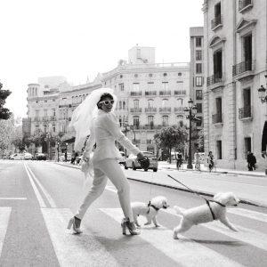 Florista en boda urbana en Valencia
